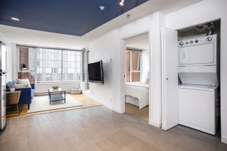 """Photo 11: 1507 33 SMITHE Street in Vancouver: Yaletown Condo for sale in """"COOPERS LOOKOUT"""" (Vancouver West)  : MLS®# R2539609"""