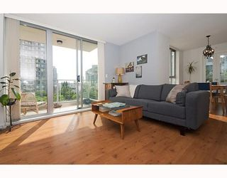 "Photo 1: # 408 1225 RICHARDS ST in Vancouver: Downtown VW Condo for sale in ""THE EDEN"" (Vancouver West)  : MLS®# V778716"