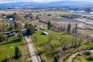 Main Photo: 27740 MONTESINA Avenue in Abbotsford: Aberdeen House for sale : MLS®# R2536733