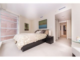 """Photo 5: 2804 1205 W HASTINGS Street in Vancouver: Coal Harbour Condo for sale in """"CIELO"""" (Vancouver West)  : MLS®# V1026183"""