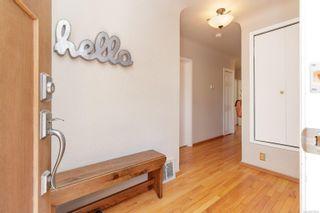 Photo 4: 1625 Yale St in : OB North Oak Bay House for sale (Oak Bay)  : MLS®# 875046