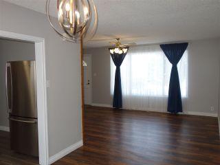 Photo 3: 8520 87 Street in Edmonton: Zone 18 House for sale : MLS®# E4228781