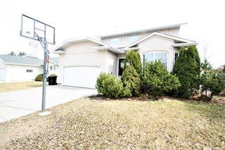 Photo 1: 118 Copland Court in Saskatoon: Grosvenor Park Residential for sale : MLS®# SK810810