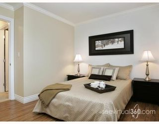 """Photo 4: 223 BALMORAL Place in Port_Moody: North Shore Pt Moody Townhouse for sale in """"BALMORAL PLACE"""" (Port Moody)  : MLS®# V775148"""