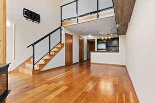 Photo 3: 508 10 RENAISSANCE Square in New Westminster: Quay Condo for sale : MLS®# R2621598