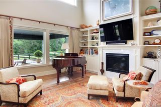 Photo 5: 11317 Hummingbird Pl in North Saanich: NS Lands End House for sale : MLS®# 839770
