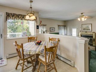 Photo 15: 2756 CAMROSE Drive in Burnaby: Montecito House for sale (Burnaby North)  : MLS®# R2515218