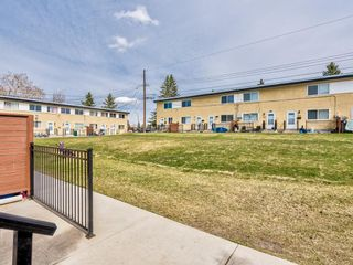 Photo 31: 380 2211 19 Street NE in Calgary: Vista Heights Row/Townhouse for sale : MLS®# A1101088