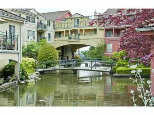 Main Photo: 327 3 RIALTO Court in New Westminster: Home for sale : MLS®# V1000159