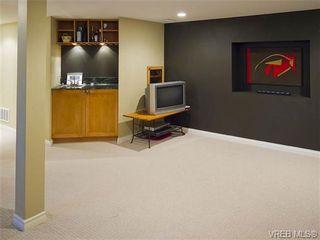 Photo 16: 803 Piermont Pl in VICTORIA: Vi Rockland House for sale (Victoria)  : MLS®# 654203