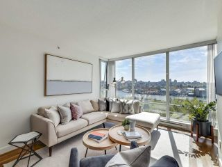 """Photo 2: 902 1495 RICHARDS Street in Vancouver: Yaletown Condo for sale in """"AZURA II"""" (Vancouver West)  : MLS®# R2570710"""