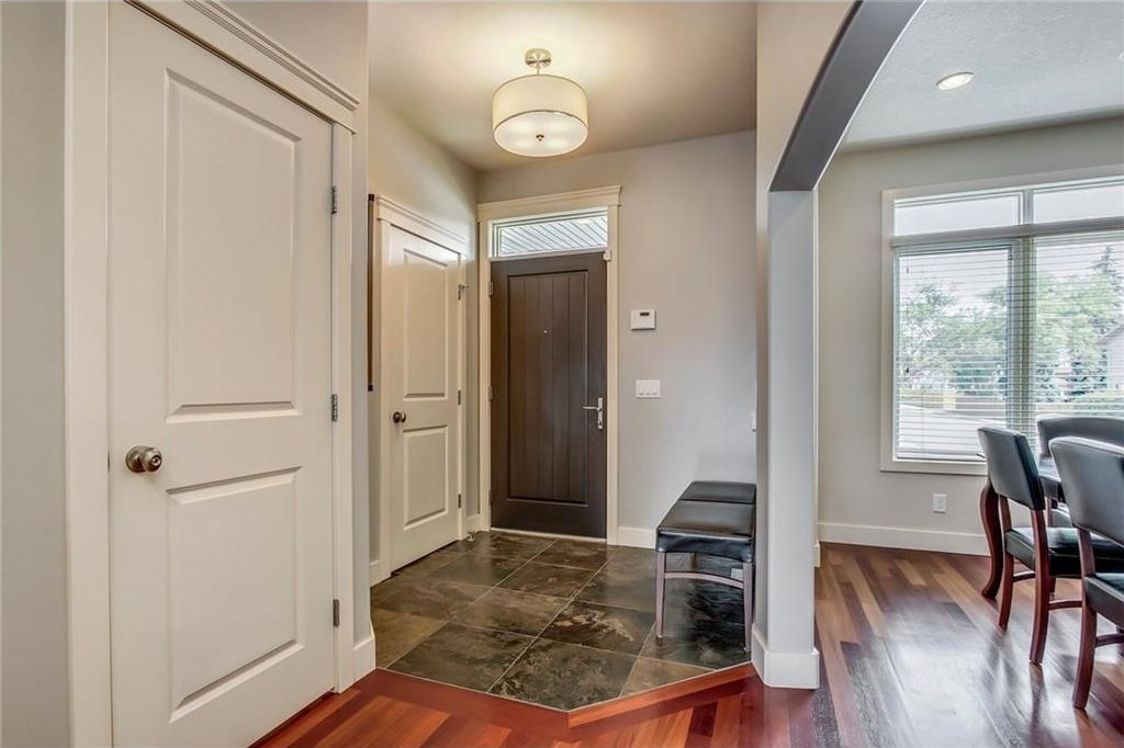 Photo 5: Photos: 3909 19 Street SW in Calgary: Altadore House for sale : MLS®# C4122880