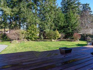 Photo 2: 1014 Vega Pl in COMOX: CV Comox Peninsula House for sale (Comox Valley)  : MLS®# 779427