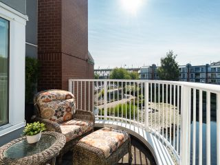 """Photo 25: 1594 ISLAND PARK Walk in Vancouver: False Creek Townhouse for sale in """"THE LAGOONS"""" (Vancouver West)  : MLS®# R2297532"""