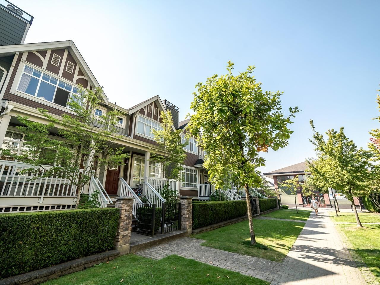 Main Photo: 7111 MONT ROYAL SQUARE in Vancouver: Champlain Heights Townhouse for sale (Vancouver East)  : MLS®# R2611026