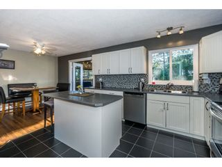 Photo 12: 2876 267A Street in Langley: Aldergrove Langley House for sale : MLS®# R2226858