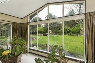 Photo 3: 623 Foul Bay Rd in VICTORIA: Vi Fairfield East House for sale (Victoria)  : MLS®# 726090