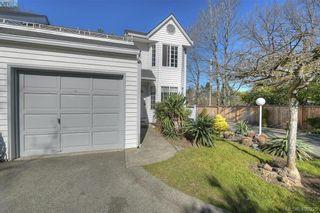 Photo 2: 13 3993 Columbine Way in VICTORIA: SW Tillicum Row/Townhouse for sale (Saanich West)  : MLS®# 808750