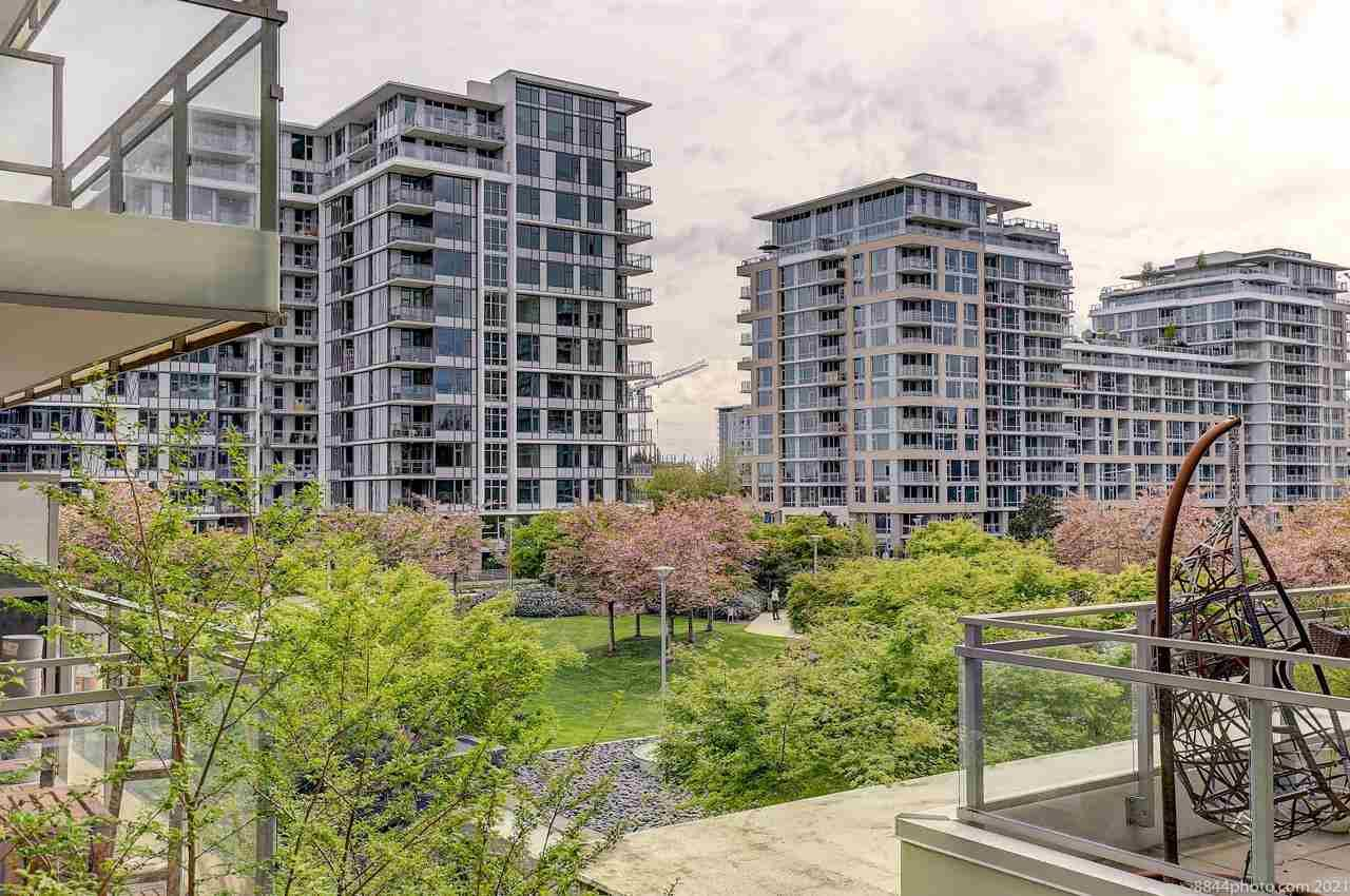 Main Photo: 628 8988 PATTERSON Road in Richmond: West Cambie Condo for sale : MLS®# R2575028