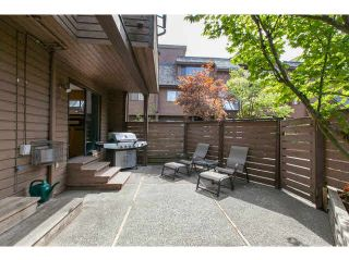 """Photo 1: 3345 MOUNTAIN Highway in North Vancouver: Lynn Valley Townhouse for sale in """"VILLAGE ON THE CREEK"""" : MLS®# V1141033"""