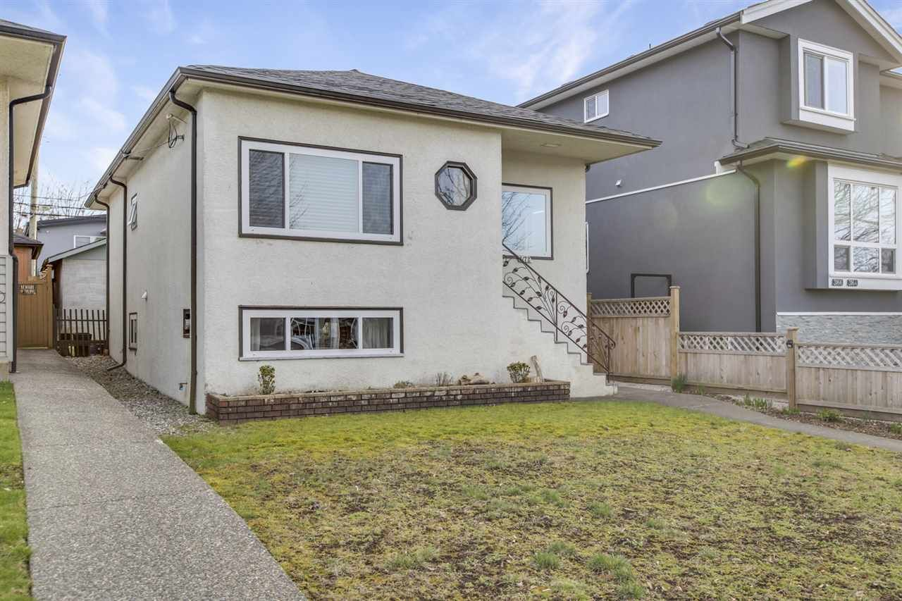 Main Photo: 3172 E 21ST Avenue in Vancouver: Renfrew Heights House for sale (Vancouver East)  : MLS®# R2550569