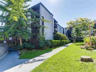 Photo 2: 8 340 GINGER Drive in New Westminster: Fraserview NW Townhouse for sale : MLS®# R2286554
