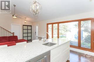 Photo 8: 102 STARWOOD ROAD UNIT#A in Ottawa: House for rent