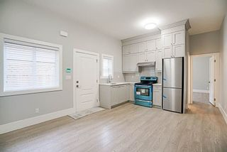Photo 9: 5853 173 Street in Surrey: House for sale : MLS®# R2238356