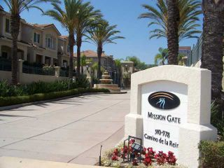 Photo 1: MISSION VALLEY Townhouse for sale : 2 bedrooms : 938 Camino De La Reina #78 in San Diego