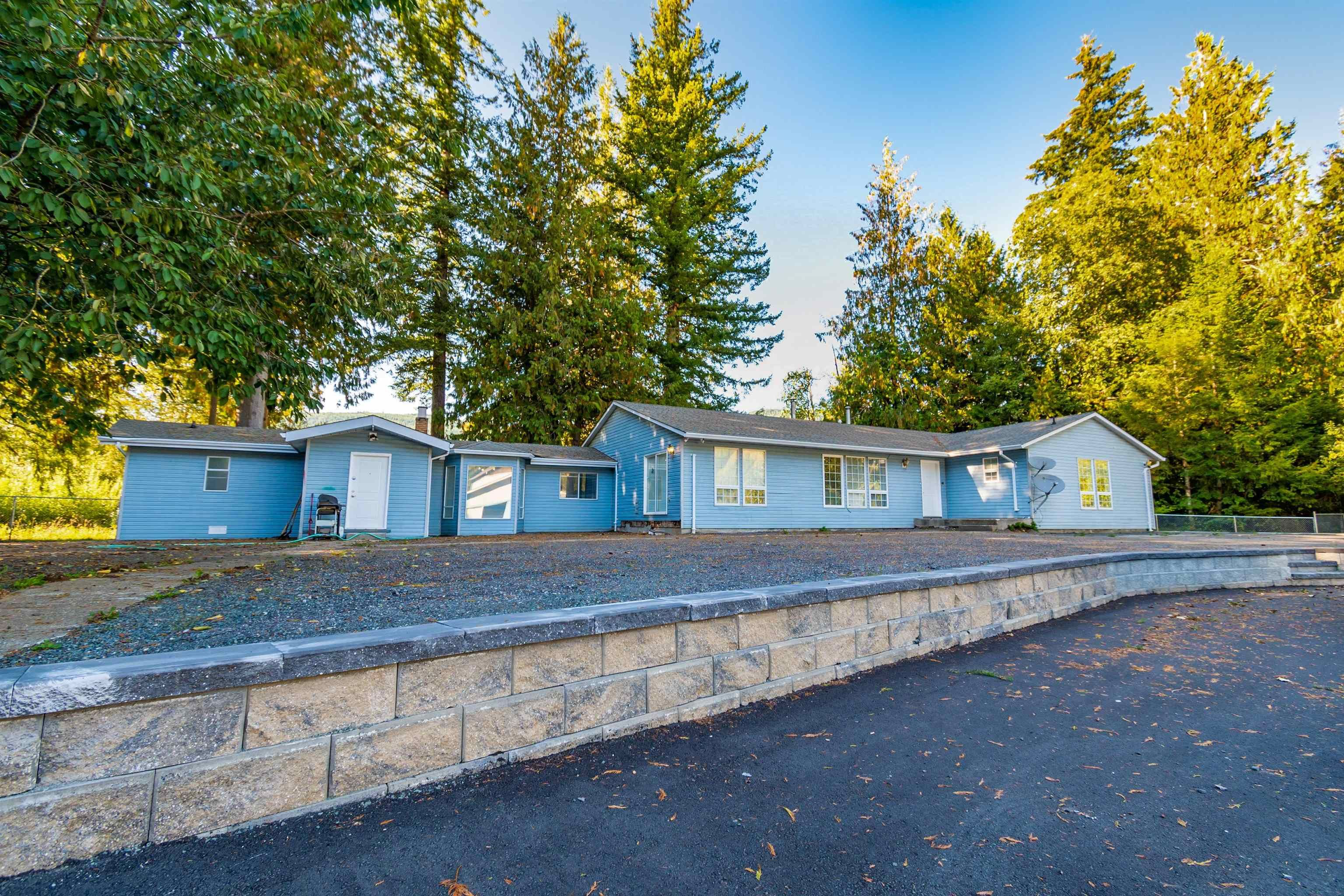 Main Photo: 500 MAPLE FALLS Road: Columbia Valley House for sale (Cultus Lake)  : MLS®# R2620570