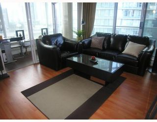 Photo 2: 906 688 ABBOTT Street in Vancouver: Downtown VW Condo for sale (Vancouver West)  : MLS®# V788314