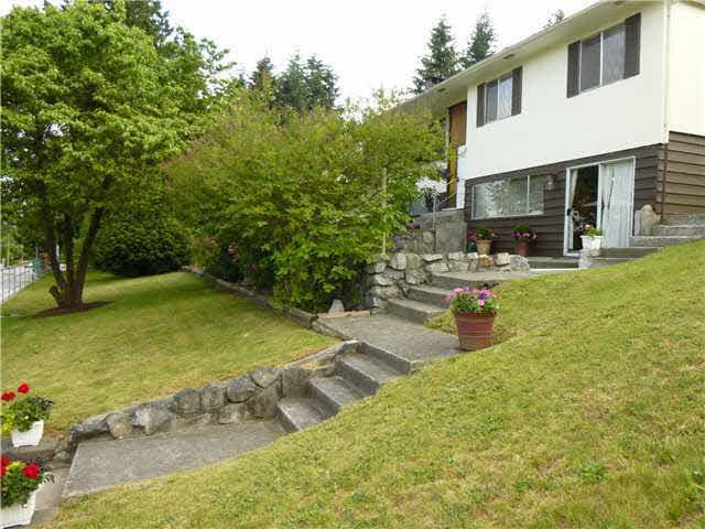 Main Photo: 1604 PITT RIVER ROAD in : Mary Hill House for sale (Port Coquitlam)  : MLS®# V1069688