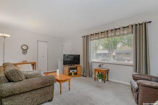 Photo 3: 321 Vancouver Avenue North in Saskatoon: Mount Royal SA Residential for sale : MLS®# SK864230