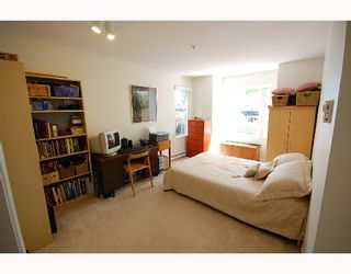 """Photo 6: 101 1035 AUCKLAND Street in New_Westminster: Uptown NW Condo for sale in """"Queens Terrace"""" (New Westminster)  : MLS®# V719736"""