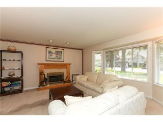 "Photo 5: 5255 CENTRAL AV in Ladner: Hawthorne House for sale in ""HAWTHORNE"" : MLS®# V990700"