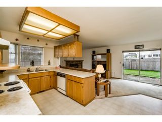 """Photo 9: 8508 121 Street in Surrey: Queen Mary Park Surrey House for sale in """"JANIS PARK"""" : MLS®# R2113584"""