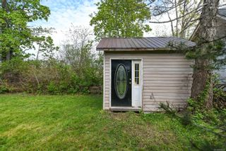 Photo 6: 2442 Fitzgerald Ave in : CV Courtenay City House for sale (Comox Valley)  : MLS®# 874631