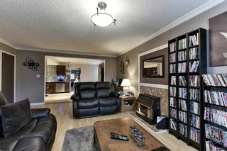 Photo 4: 484 MUNDY Street in Coquitlam: Central Coquitlam 1/2 Duplex for sale : MLS®# R2142692