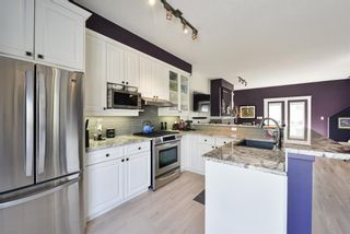 Photo 10: 2401 17 Street SW in Calgary: Bankview Row/Townhouse for sale : MLS®# A1121267