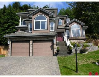 """Photo 1: 35943 REGAL Parkway in Abbotsford: Abbotsford East House for sale in """"REGAL PEAKS ESTATES"""" : MLS®# F2920162"""