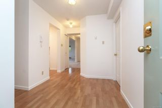 Photo 6: 101 1597 Mortimer St in : SE Mt Tolmie Condo for sale (Saanich East)  : MLS®# 855808