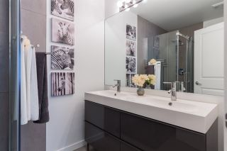 """Photo 14: 44 6651 203RD Street in Langley: Willoughby Heights Townhouse for sale in """"Sunscape"""" : MLS®# R2206956"""