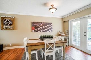 "Photo 8: 5901 ABERDEEN Street in Surrey: Cloverdale BC House for sale in ""Jersey Hills"" (Cloverdale)  : MLS®# R2383785"
