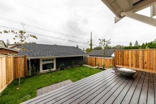 Photo 4: 941 E 24TH Avenue in Vancouver: Fraser VE 1/2 Duplex for sale (Vancouver East)  : MLS®# R2407771