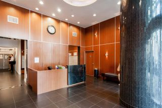 """Photo 2: 2401 833 SEYMOUR Street in Vancouver: Downtown VW Condo for sale in """"CAPITAL RESIDENCES"""" (Vancouver West)  : MLS®# R2544420"""