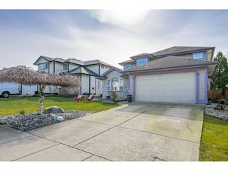 "Photo 2: 18246 69 Avenue in Surrey: Cloverdale BC House for sale in ""CLOVERWOODS"" (Cloverdale)  : MLS®# R2552795"