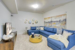 Photo 17: 13 Crestbrook Way SW in Calgary: Crestmont Detached for sale : MLS®# A1140042