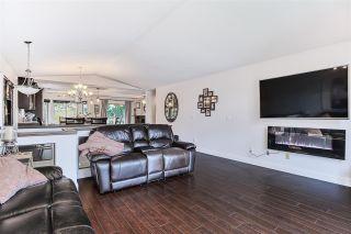 "Photo 6: 11070 238 Street in Maple Ridge: Cottonwood MR House for sale in ""Rainbow Creek Estates"" : MLS®# R2421151"