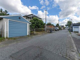 """Photo 18: 4281 VICTORIA Drive in Vancouver: Victoria VE House for sale in """"CEDAR COTTAGE"""" (Vancouver East)  : MLS®# R2151080"""