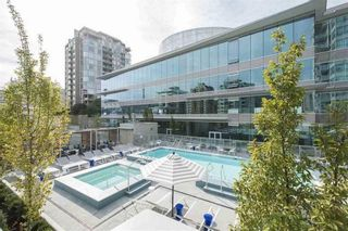 Photo 8: 1003 125 E 14TH Street in North Vancouver: Central Lonsdale Condo for sale : MLS®# R2355768